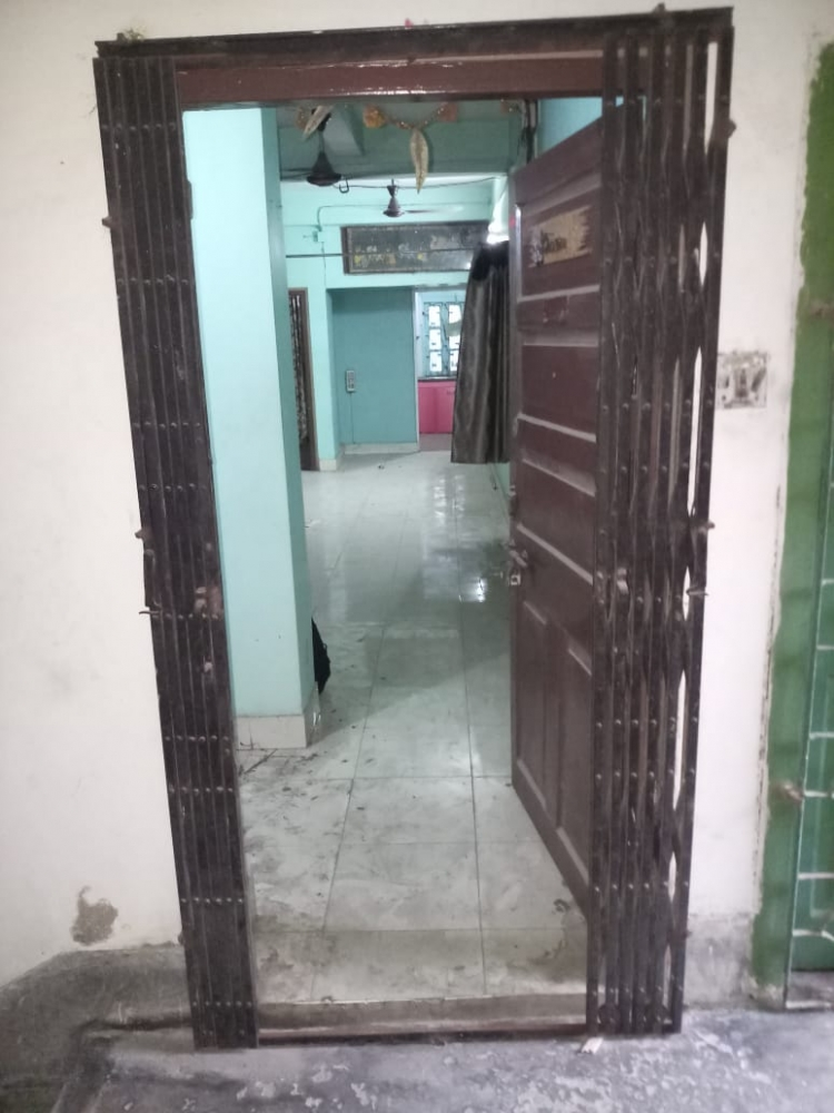 Residential Apartment For Sale in Prince Anwar Shah Road