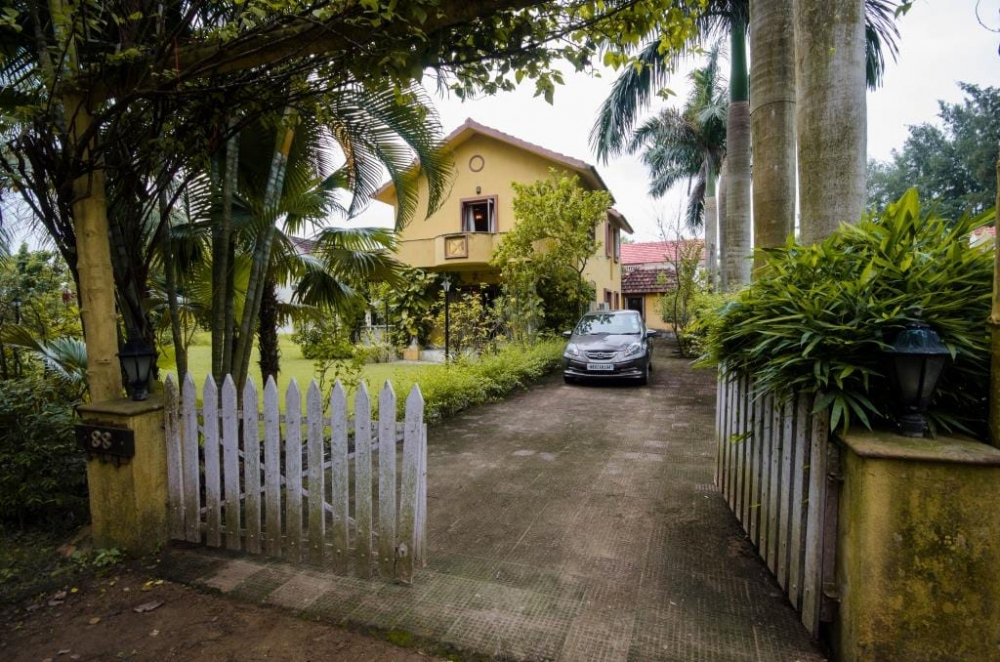 Boutique Bungalow For Sale at Country Roads