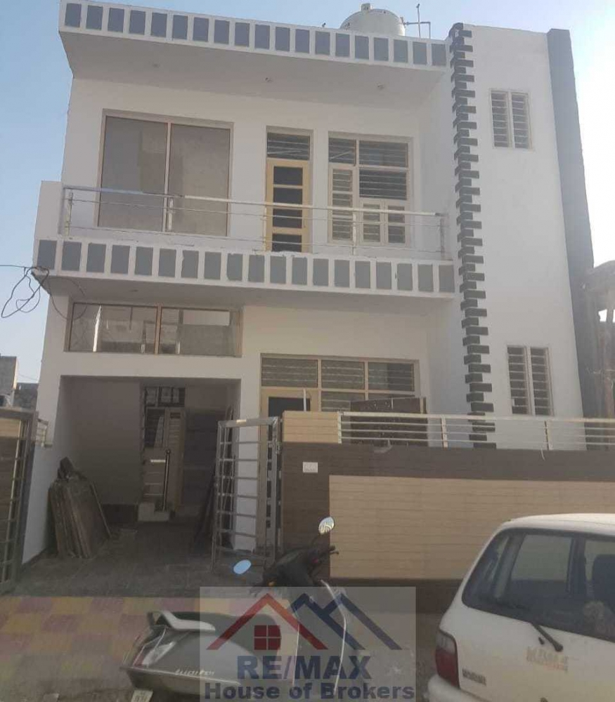 House For Sale. in Zirakpur, Punjab