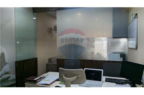 Fully Furnished office with AC & Sofa