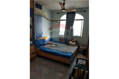 Apartment/Flat For Sale in Prime area of Adajan.