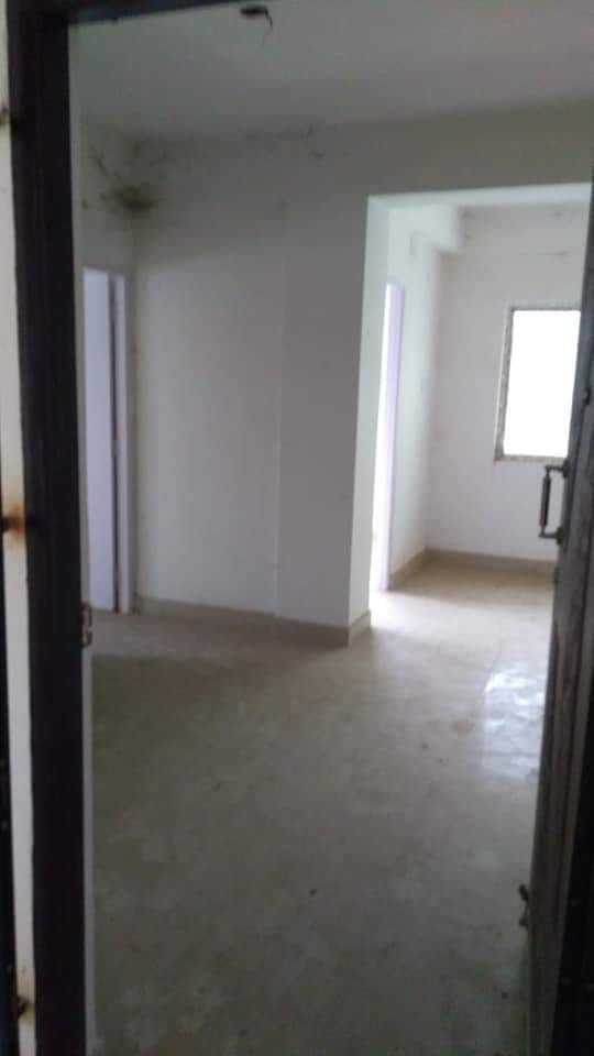 Semi furnished flat for sale @greenwood estate, Narendrapur