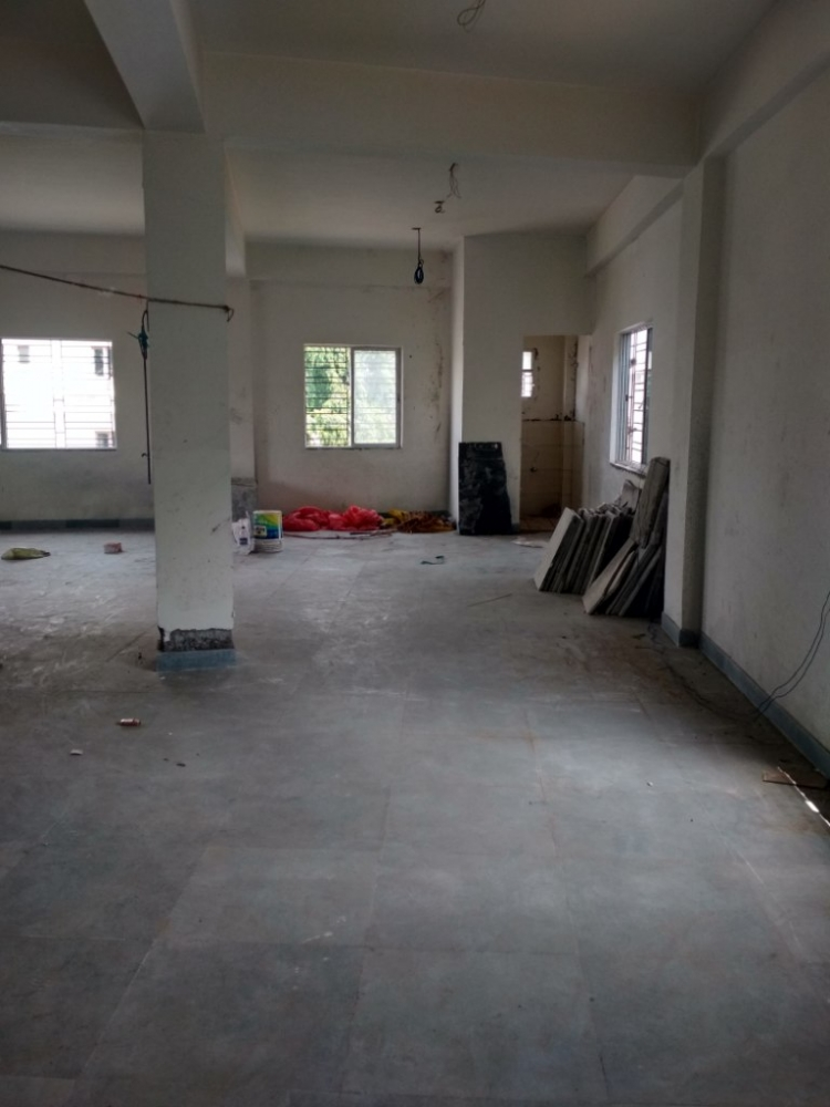 Commercial space for rent @Picnic Garden