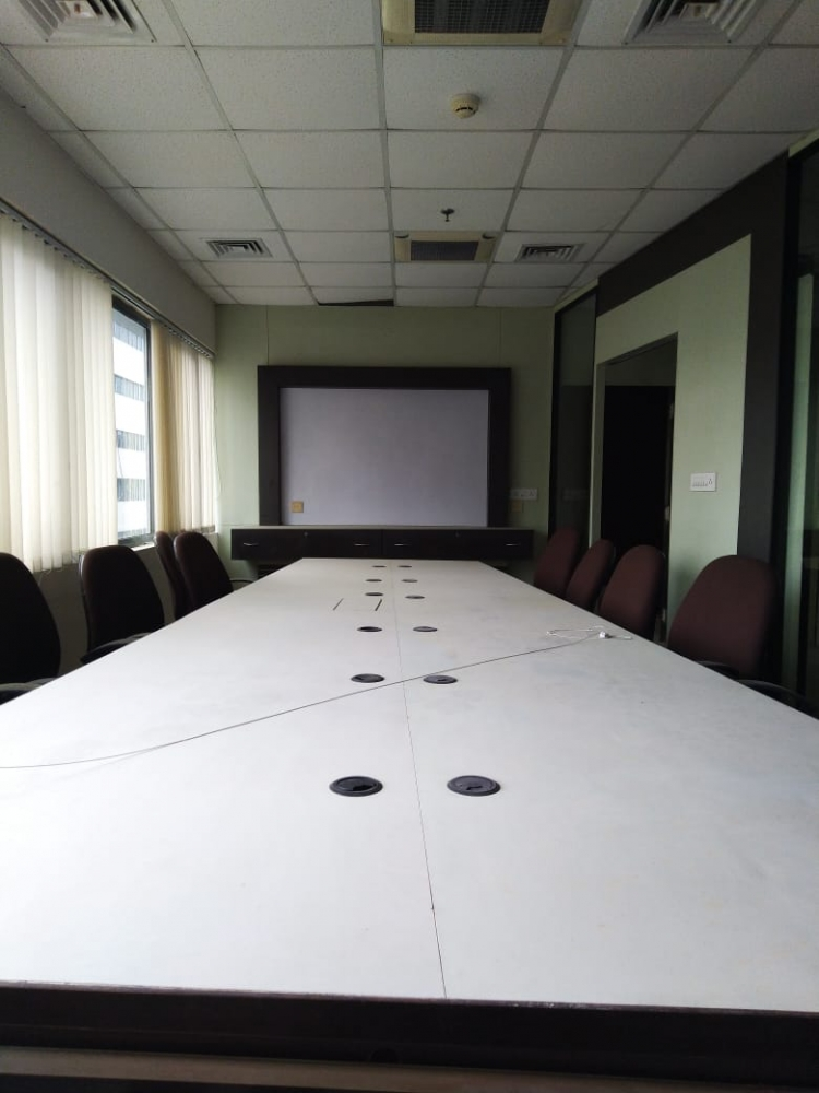Commercial office space for rent @PS Srijan Tech park, Sector 5