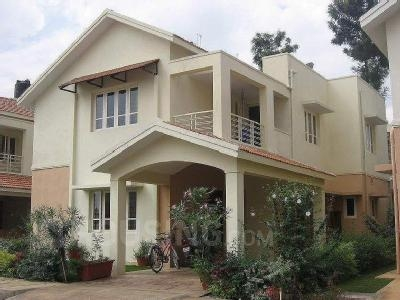 ROW HOUSE FOR RENT